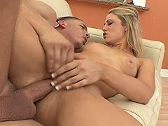 Hot blonde likes it intensely