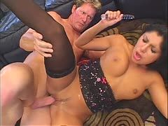 Sativa Rose quickly satisfies herself before fucking