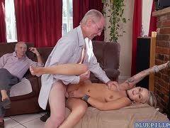 Pflegerin Porno