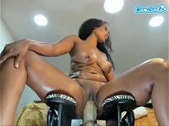 Colored camgirls do it live